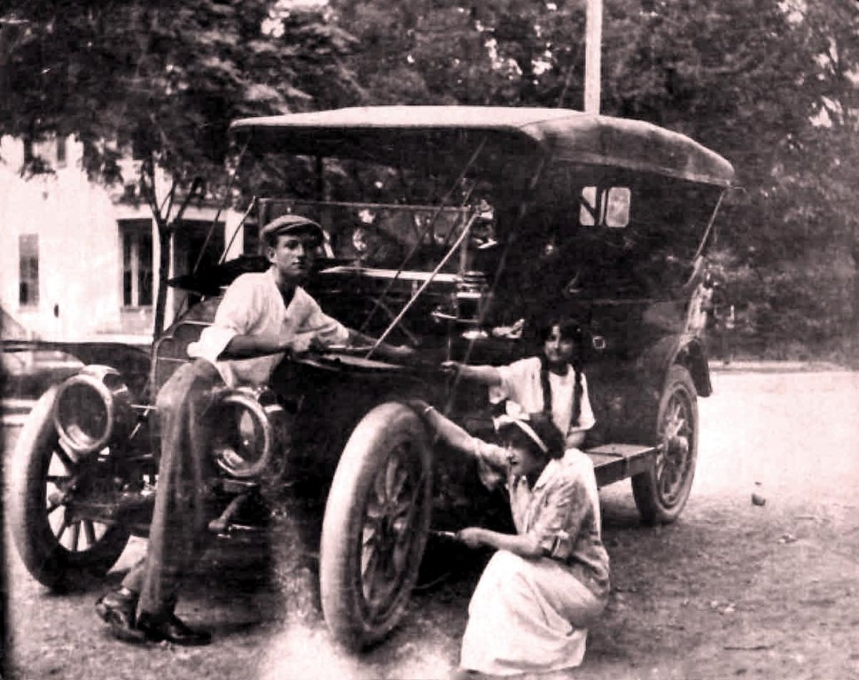 Early vehicles often broke down